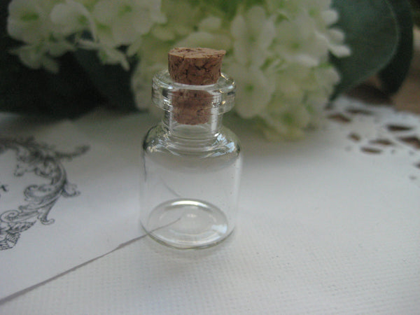 1.5ml Glass Bottle - 16(D)x24(H)mm #162406 --FREE SHIPPING