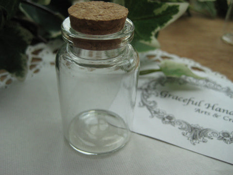 20ml Glass Bottle - 30(D)x50(H)mm #305017 --FREE SHIPPING
