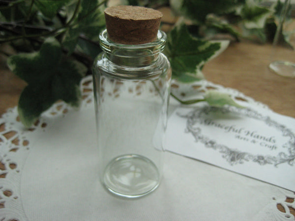 30ml Glass Bottle - 30(D)x70(H)mm #307017 --FREE SHIPPING