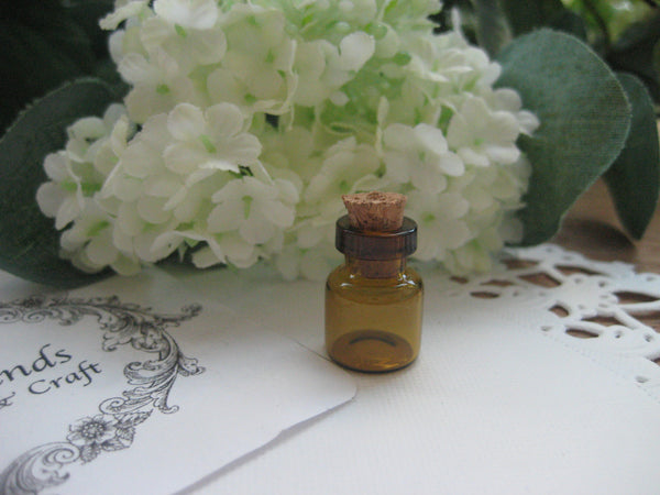 0.5ml Brown Glass Bottle - 12(D)x18(H)mm #B121806 --FREE SHIPPING