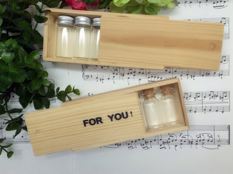 6 pcs Mini Glass Bottles Set in Wooden Box (Box Size: 6.3 x 14.5 x 2.9 cm)
