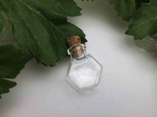 Mini Hexagon Glass Bottle ------ (FREE SHIPPING)