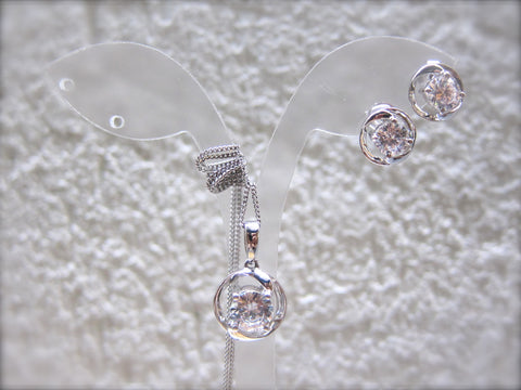 100% 925 Sterling Silver Cubic Zirconia Round Pendant with Chain & Earrings Set - RW0013