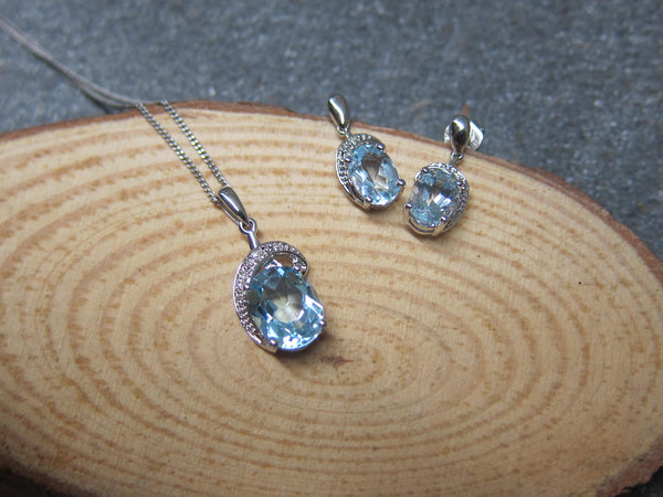 100% 925 Sterling Silver Cubic Zirconia Blue Oval Pendant with Chain & Earrings Set - RW0018
