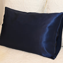 Load image into Gallery viewer, Deep Sea Mulberry Silk Pillowcases