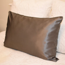 Load image into Gallery viewer, Ash Mulberry Silk Pillowcases - Mulberry Silk Scrunchie