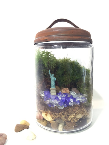 Lady Liberty DIY Moss Terrarium Kit