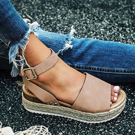 """Lovely"" Women Wedge Sandals"