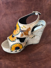 Load image into Gallery viewer, Sunflower Wedge Sandals