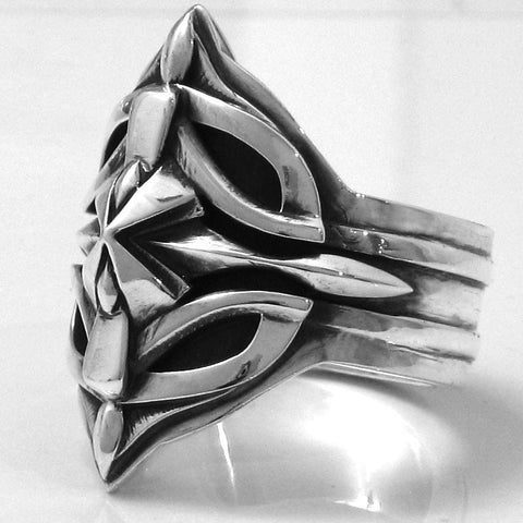 Ring 01 in Sterling Silver