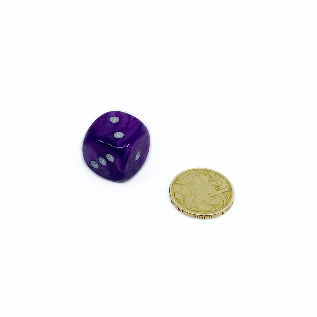 Single D6 20mm w/pips Velvet Purple/silver (out of print)