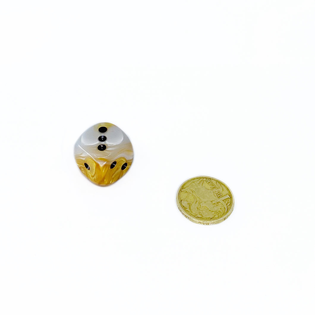 Single D6 20mm w/pips Gemini Gold-White w/black (out of print)