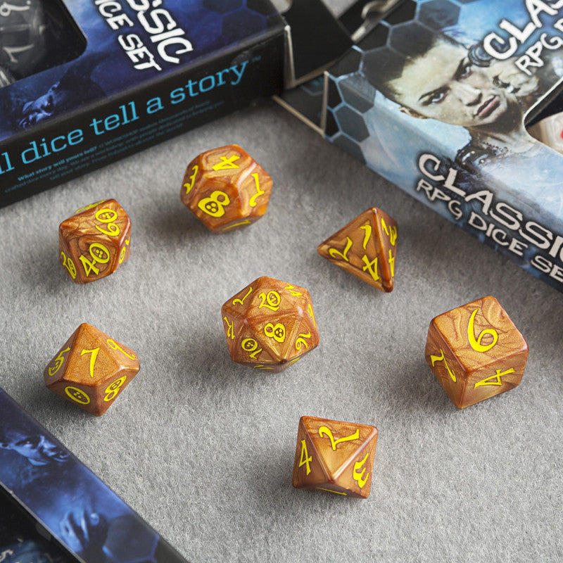 Q Workshop Classic RPG Dice Caramel & Yellow