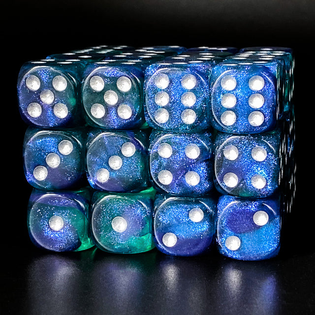Udixi: Blue & Green 16mm Pip Glitter Dice (Single)