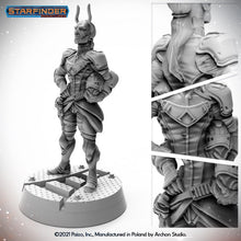Load image into Gallery viewer, Starfinder Miniature - Lashunta Envoy