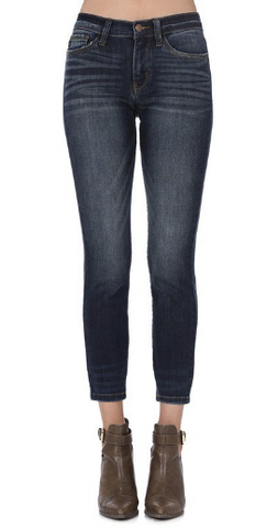 Relaxed Fit Skinny Jeans - Plus