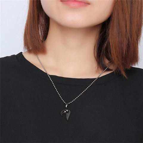 Image of SportsChest Heart shape Necklace black and silver Heart Shape Love Pendant Necklaces