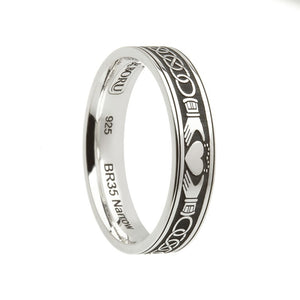 Claddagh Celtic Knot Etched Wedding Band - Narrow