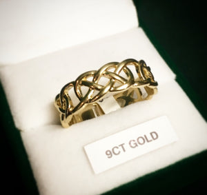 Celtic Knot 9ct Gold Yellow Ring