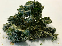Load image into Gallery viewer, Kale Chips w/ Cashew Dressing