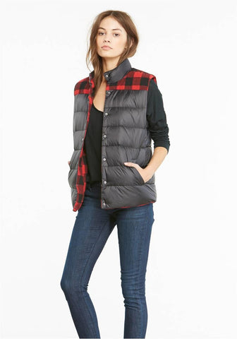 BB DAKOTA REVERSIBLE BUFFALO CHECK DOWN VEST