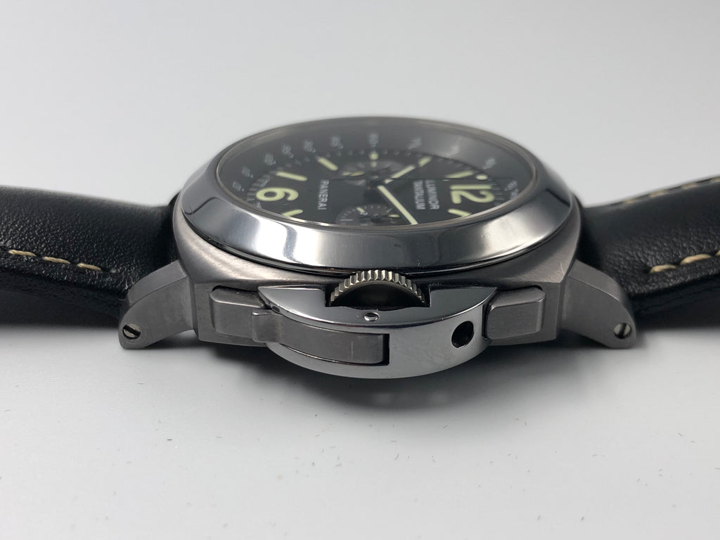 Panerai Luminor Chronograph Tantalum Special Edition 44mm PAM00192 (Preowned)