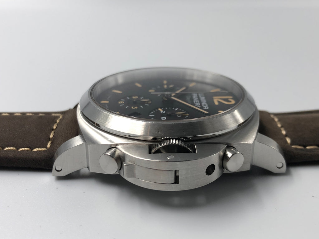 Panerai Luminor Chronograph Daylight 44mm PAM00356 2012 (Preowned)