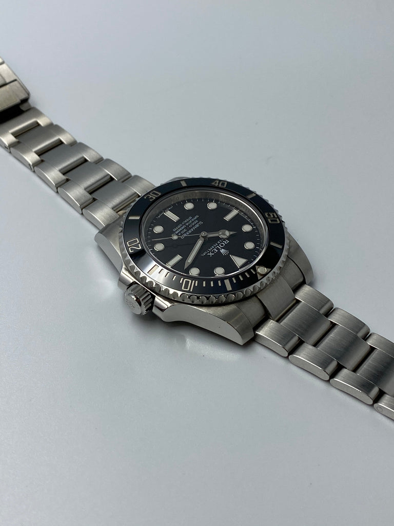 Rolex Submariner No-Date 114060 2014 [Preowned]