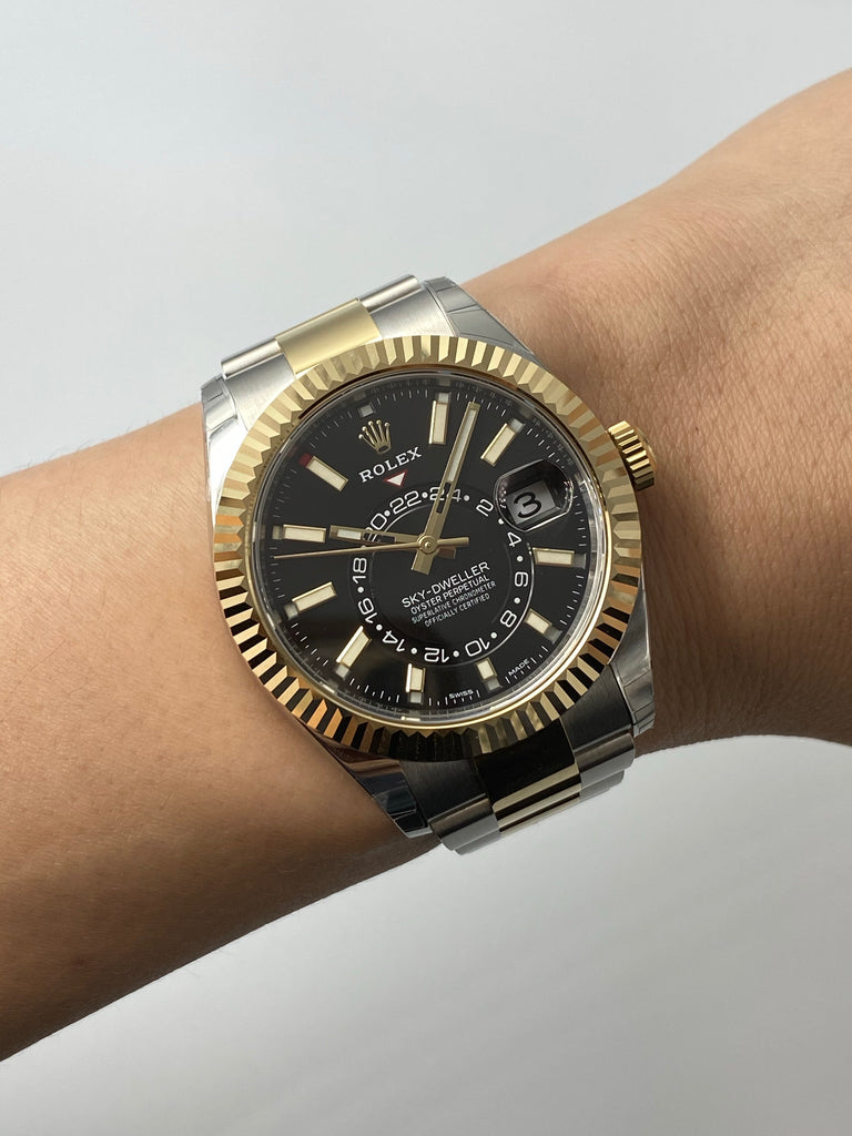 Rolex Sky Dweller Steel Gold 326933
