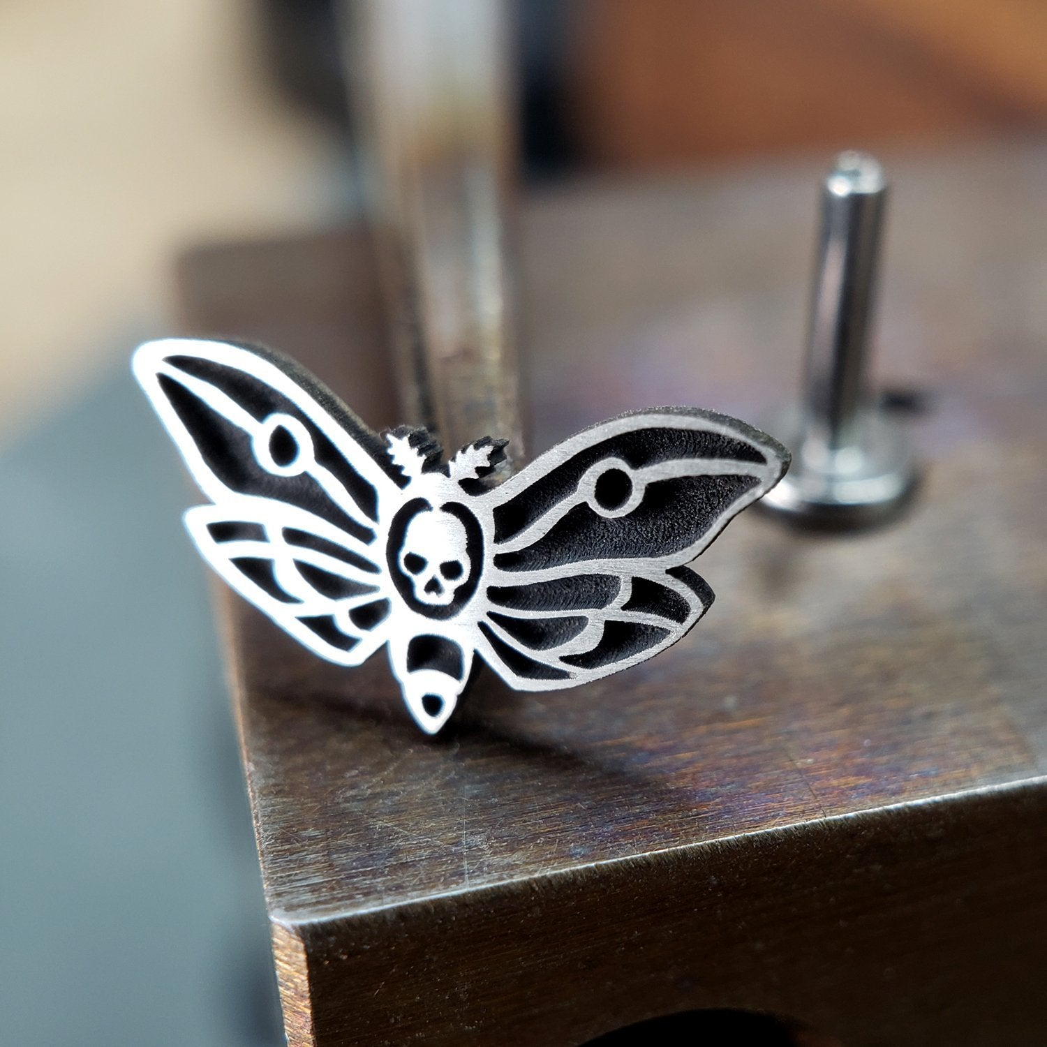 Metal Lotus Internally Threaded Labret Threaded Silver Death's Head Moth with Steel Labret