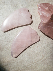 Nourished Cove | Gua Sha Massage Crystal | Rose Quartz