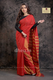 Radical Red-Handloom Pure Cotton Saree-Kurta Couple Set - Boutique Dheu