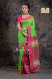 """Dheu Boutique ""-Bengal Handloom Green Colour  saree"