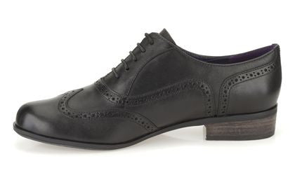 Clarks - Hamble Oak Black Leather Shoes