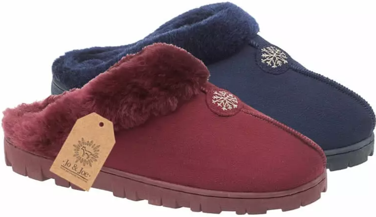 LJ&R - Snuggle Burgundy Slippers