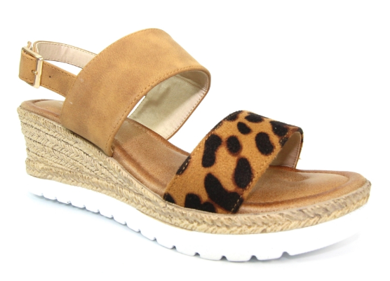 Lunar - Marvel Camel Sandals