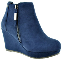 XTi - 34219 Navy Ankle Boots