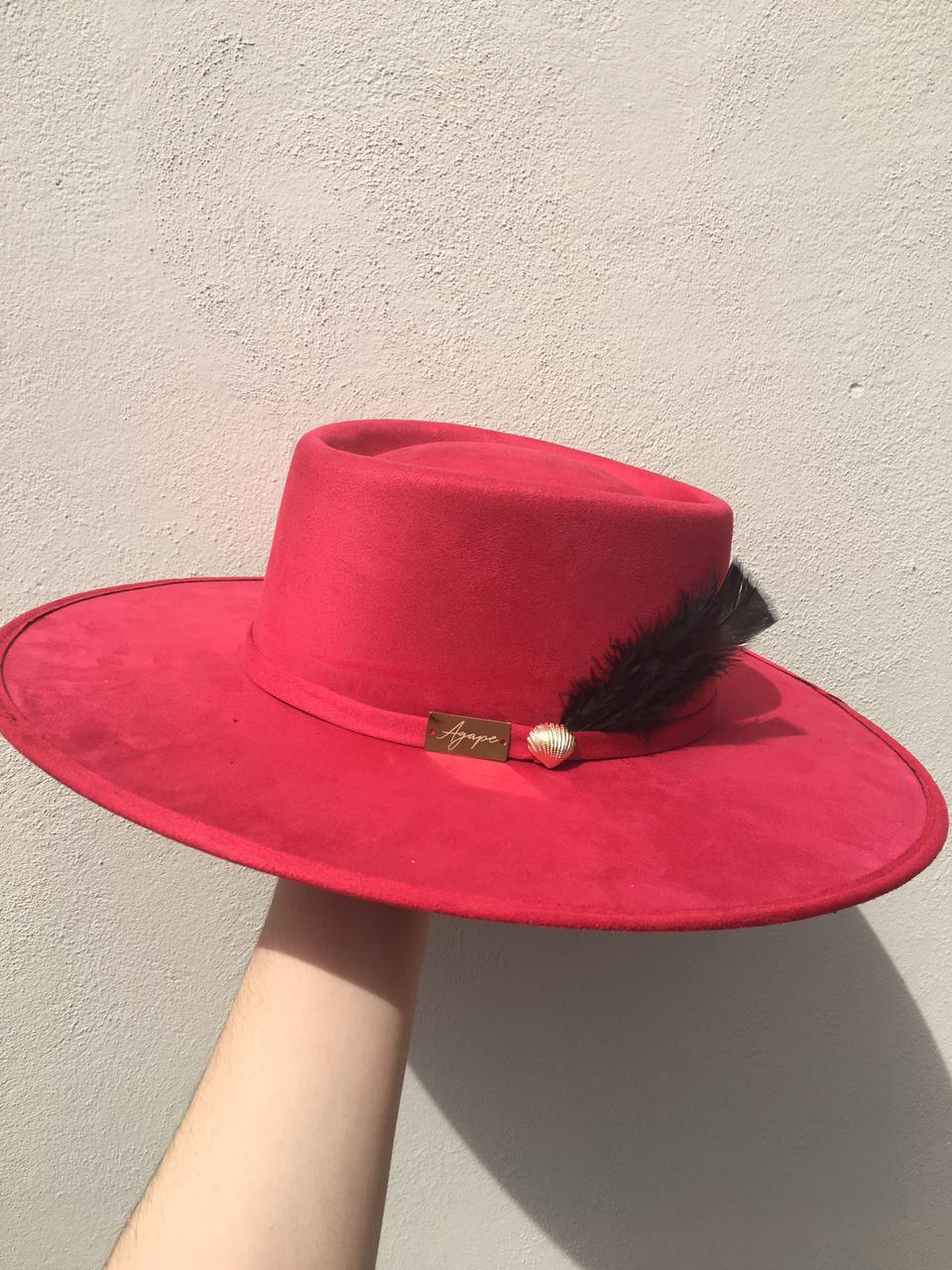 Indiana ala Recta Hat - Red w/ Feathers