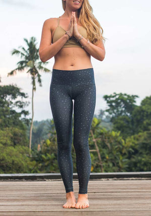 Vibrate The Cosmos Legging