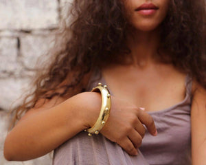 Hebba Thick Brass Bangle by Hamimi Design