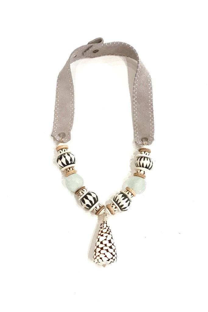 Mid Shell Necklace | Mist + Batik