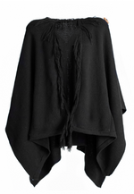 Muan Eclipse poncho in 100% organic cotton. Made in Mexico.