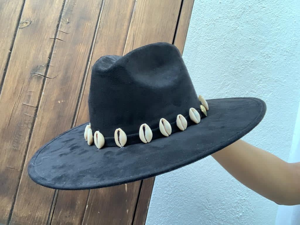 XL Vaqueros ala Recta Hat - Black
