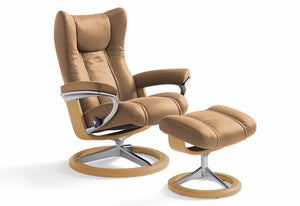 Wing Small Signature Recliner & Ottoman (Stressless by Ekornes)