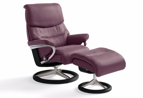 Capri Large Signature Recliner & Ottoman (Stressless by Ekornes)