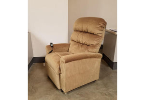 Montage 542 Medium Lift Chair Recliner (UltraComfort) Brown Sugar