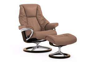 Live Medium Signature Recliner & Ottoman (Stressless by Ekornes)