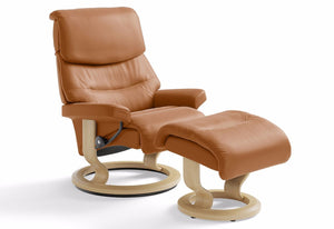 Capri Medium Classic Recliner & Ottoman (Stressless by Ekornes)