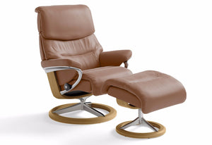Capri Medium Signature Recliner & Ottoman (Stressless by Ekornes)