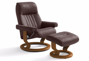 Crown Medium Classic Recliner & Ottoman (Stressless by Ekornes)
